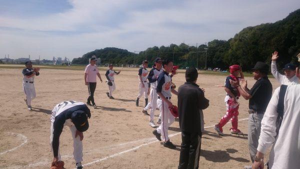 ソフトボール初勝利!